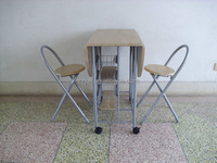 MDF breakfast size folded dining table and folding chairs set