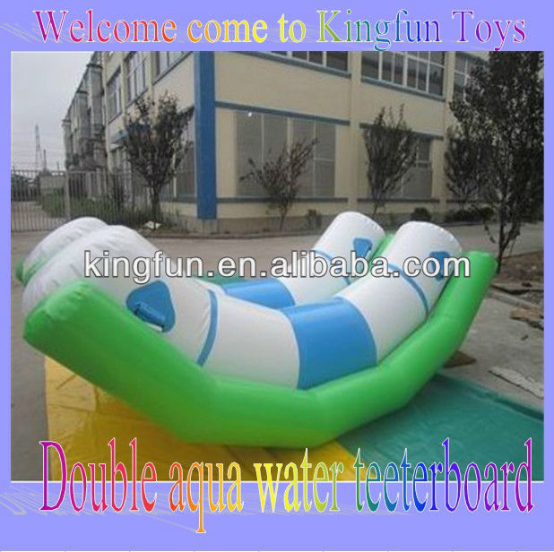 Inflatable aqua teeterboard/water toys for kids