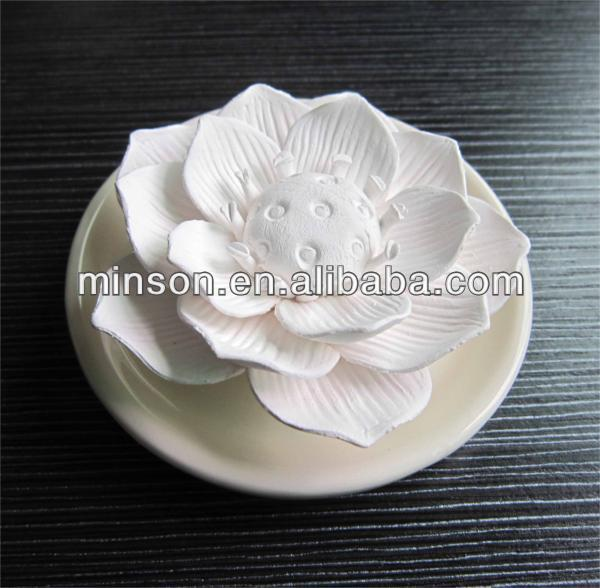 2017 NEW scented aroma ceramic flower clay diffuser with plate
