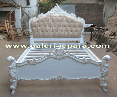 Antique Bed Set Furniture - Other Furniture Indonesia
