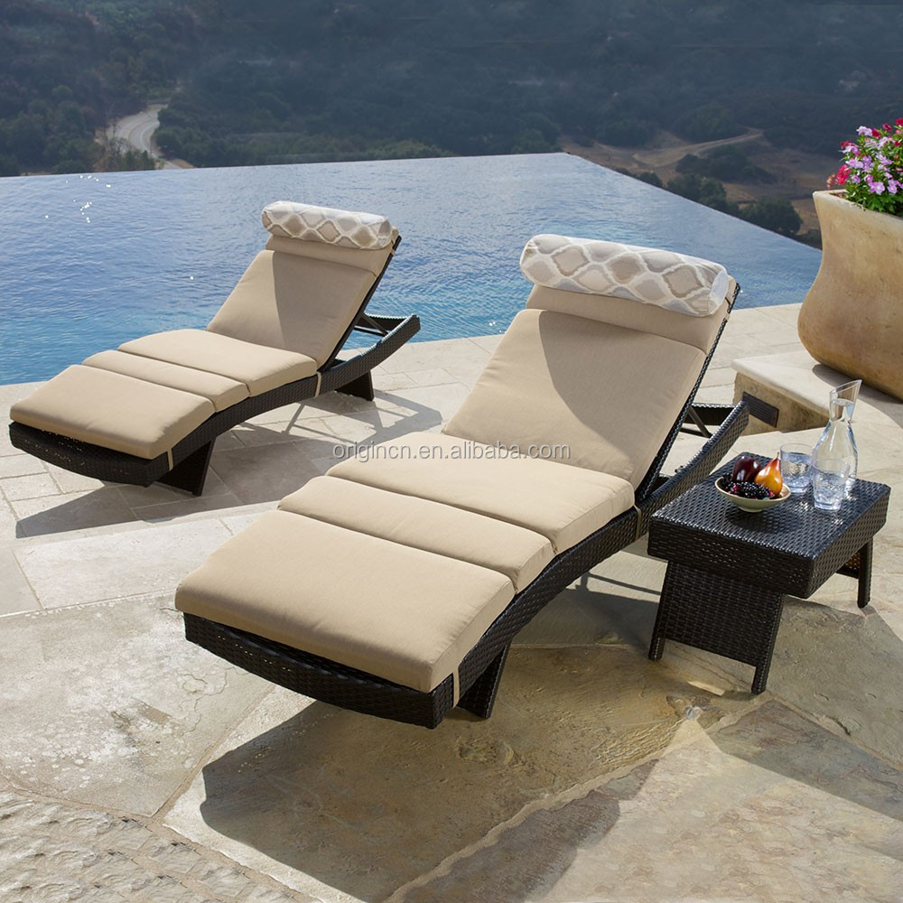 Simple hotel swimming pool outdoor sun bed with rattan kd side table s shaped chaise lounge