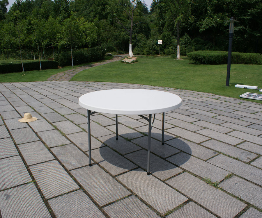 152cm hdpe blow mold plastic folding round table, banquet folding table, outdoor cheap durable restaurant plastic dining table