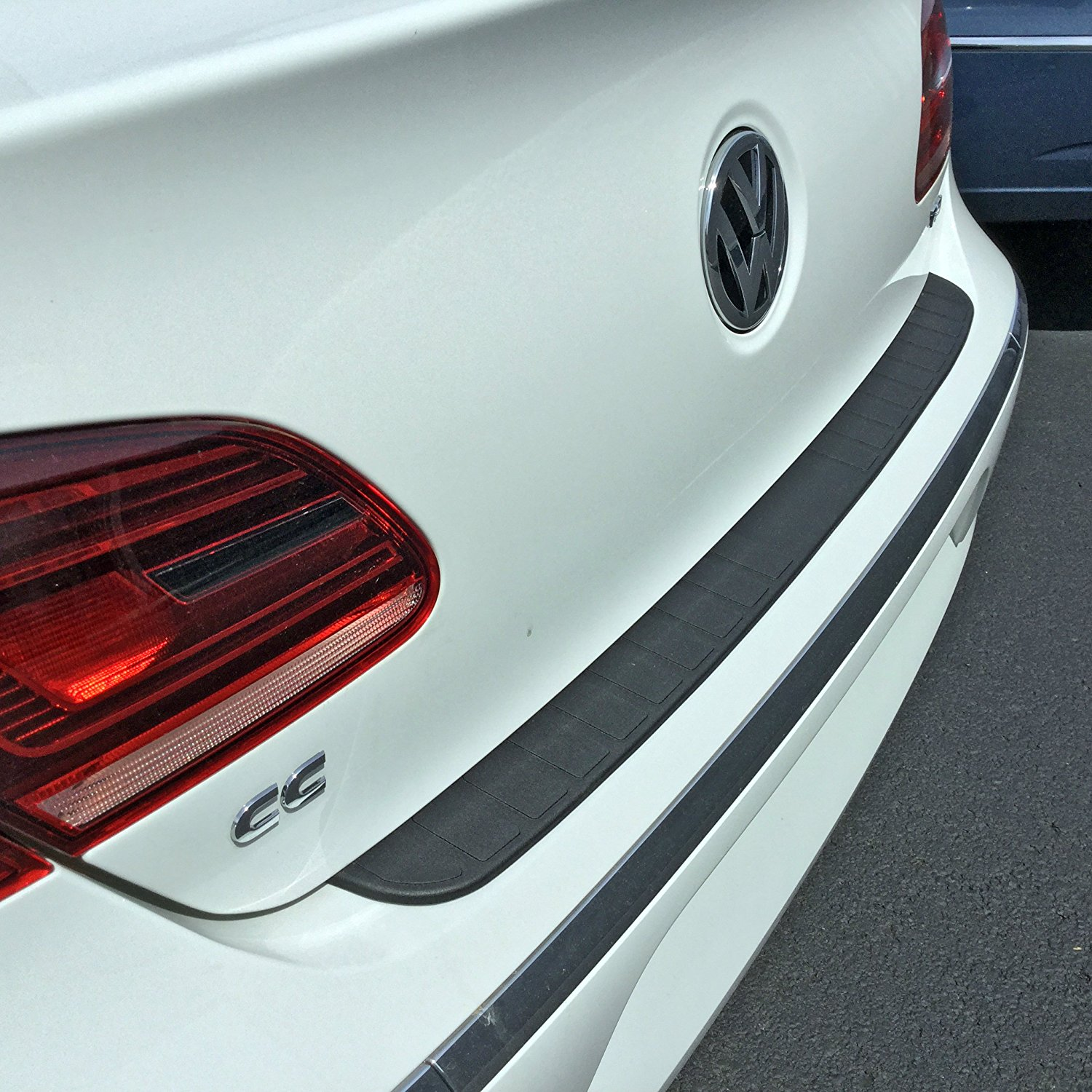 2013-2016 Volkswagen CC Rear Bumper Protector and Bumper Guard