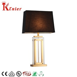 Widely Used Restaurant Iron Base Slim E27 Square Table Lamp