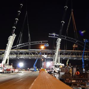Truss Bridge, Truss Bridge Suppliers and Manufacturers at