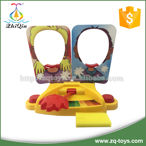 Hot selling plastic pie face showdown game toy for children