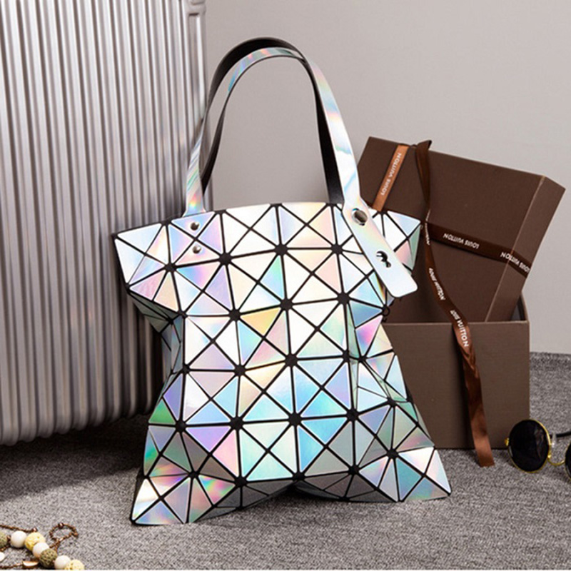 270f40feac 2017 Fashion Ladies Folded Geometric Plaid Bag Women Laser Bright Casual  Totes Bag Shoulder Bags Fold Over Bao Bao Handbags