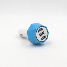 Manufacturer Directly Universal Wireless car Charge 3 USB Car Charger