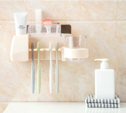 Bathroom Wall-mounted Wash Toothpaste Holder Plastic Family Toothbrush Holders