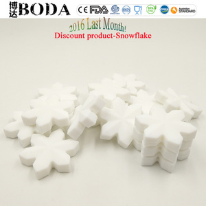 Discount silicone snowflake teething bead