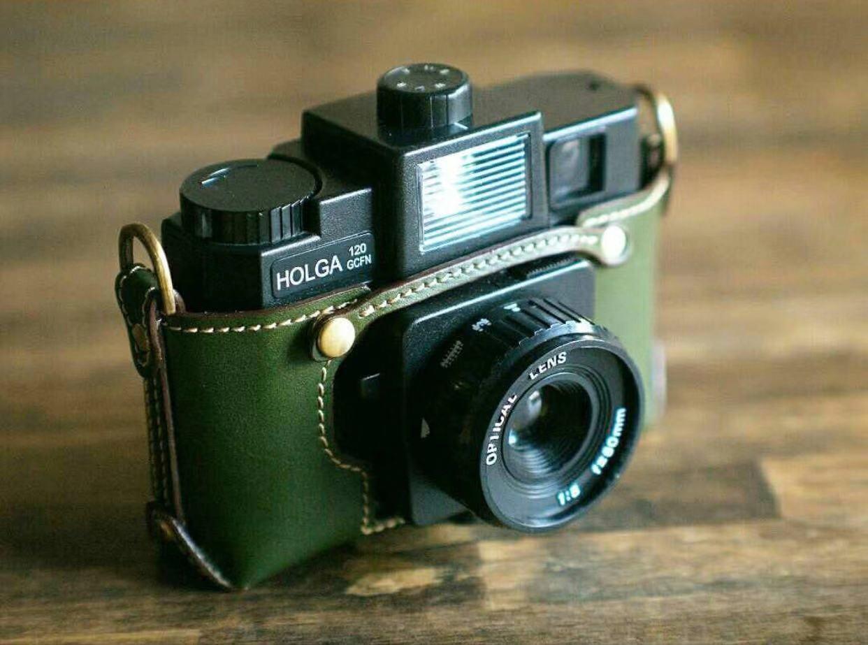 Holga 120GCFN Plastic Lomo Medium Format Film Camera with 4