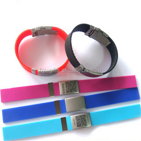 custom engrave metal plate silicone bracelet with metal clasp