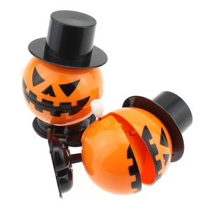 plastic wind up halloween fake jumping pumpkin toy for kids