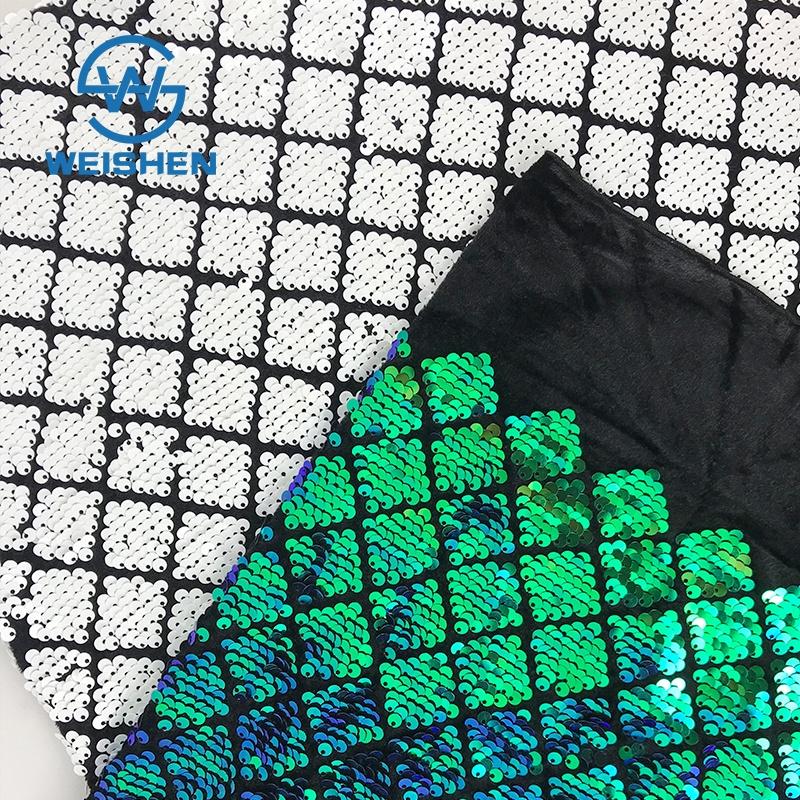 A Medida Bordado Geométrico Textil Venta Al Por Mayor Paillette Cuadrado Tela De Lentejuelas
