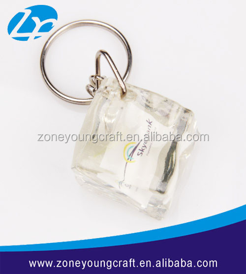 Wholesale customized ice cube solid acrylic keychain