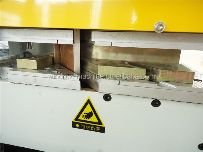 Single head seamless PVC window welding machine