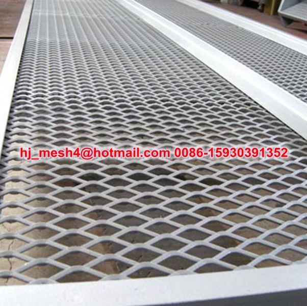 Zincata stirata griglia lamiera stirata gradini per scale for Rete stirata prezzo