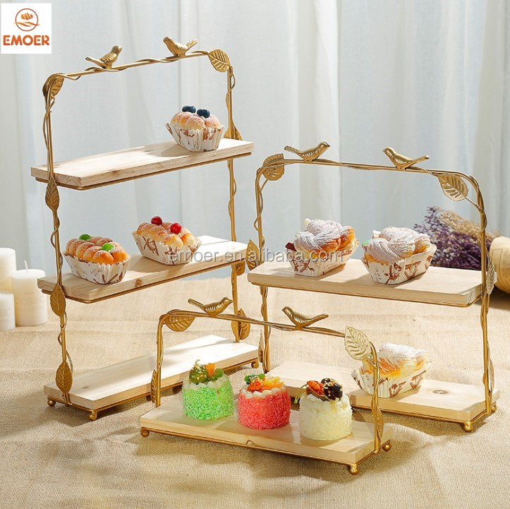 Banquet equipment decorative metal and wood birdcage with cupcake stands for buffet wedding