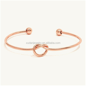 Wholesale Heart Shape Cable Wire Stainless Steel Girls Latest Fashion Thin Metal Rose Gold Bangle