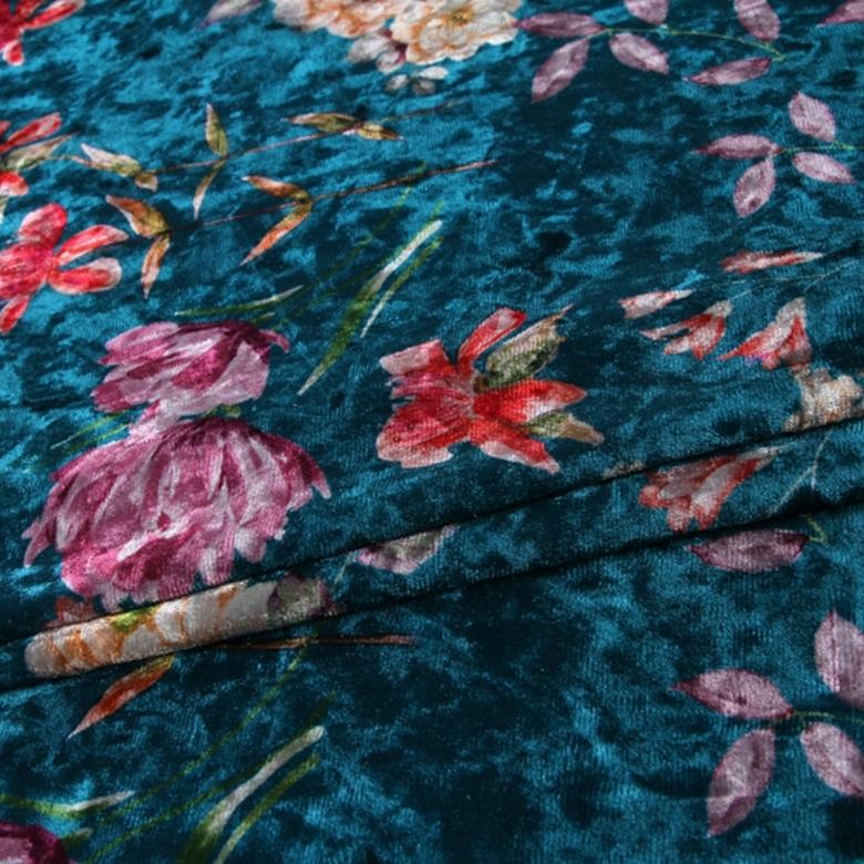 Nouvelle mode polyester spandex tissu de velours de corail d'impression faite sur commande pour la robe