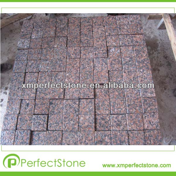 Maple red names of paving stones