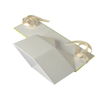 Custom Printing White Paper Folded Packaging Gift Boxes for Clothes