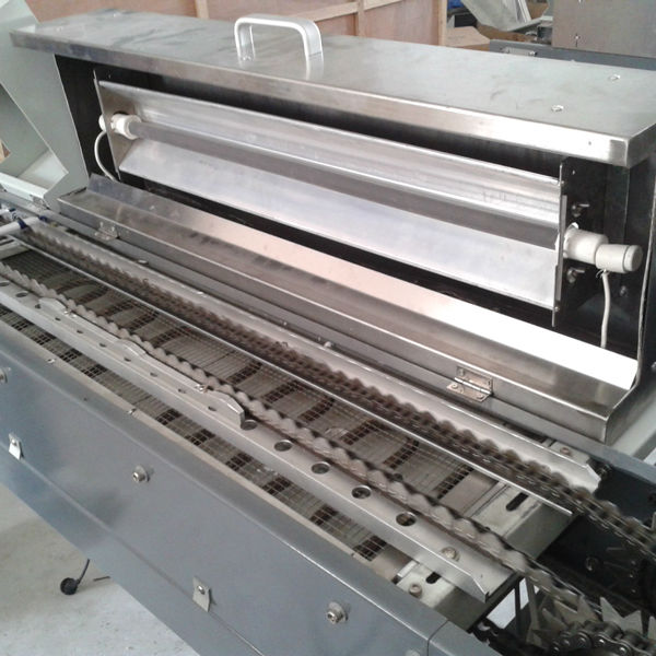 full automatic screen printer for printing pens with clip ,medicine tubes ,sryings