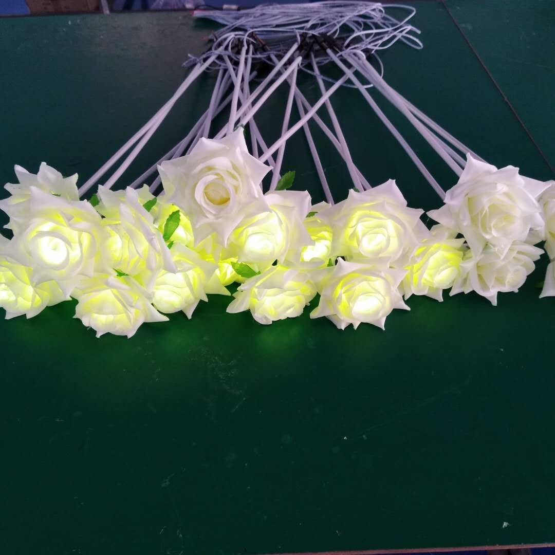 Customized light color white color appearance led outdoor led rose lamp for wedding
