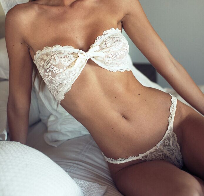 Femmes d'âge mûr ébène nu