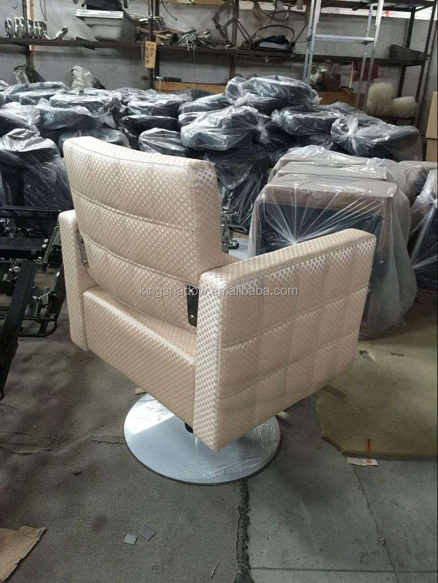 Kappers stoel kappersstoel salon stoelen en meubels buy for Goedkope kappersstoel