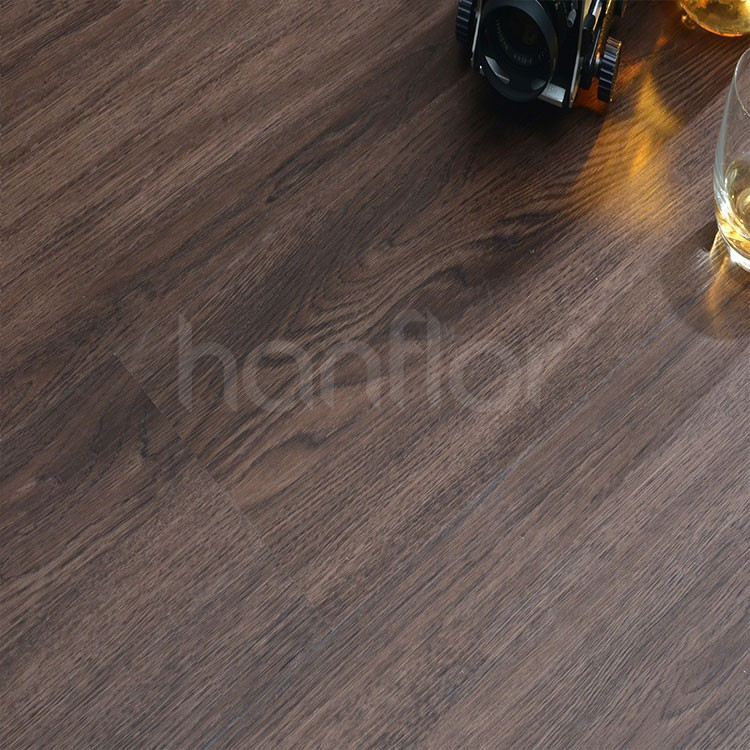 Phthalate free wood pattern interlocking system pvc flooring click.jpg