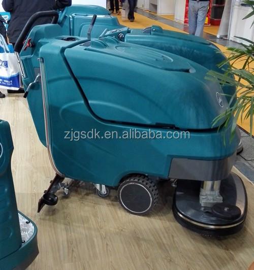 auto scrubbing machine