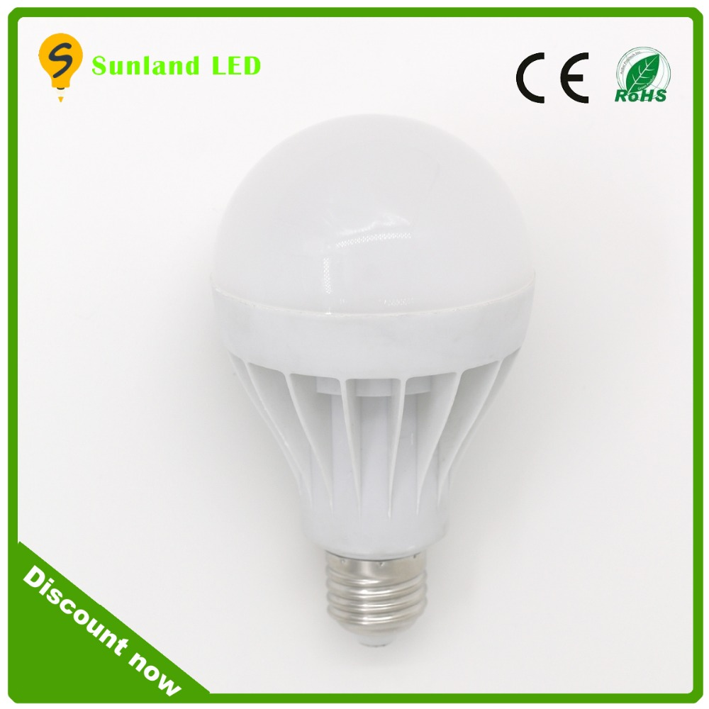 Factory price rechargeable emergency light bulb smd5730 raw materials led heart light bulb b22 bttery powered led bulb