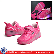 Christmas Kid Youth Girl Boy LED Wheels Roller Shoes Skates Sneakers