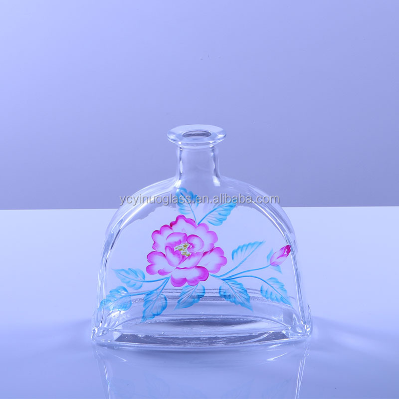 Hand Paintings The Transparent Glass liquor Bottle