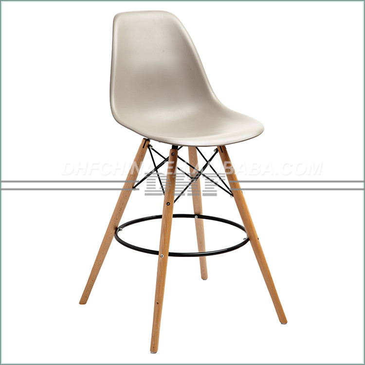 Made In China Superior Quality Legs Wood Base Plastic Chair Weight