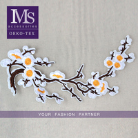 Fashion looking 20*31cm flowers custom embroidery patches applique