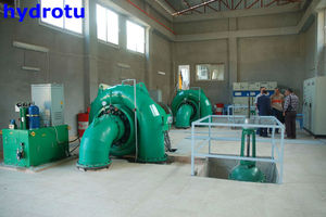 water turbine/turbina francis/ francis turbine efficiency