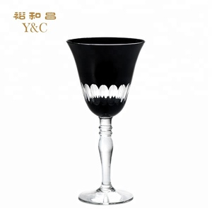 China Supplier Engaved Black Wine Glass