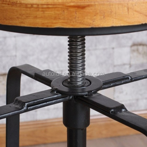 Vintage Wood Metal Bar Stool And Bar Table Set For Cafe/restaurant ...
