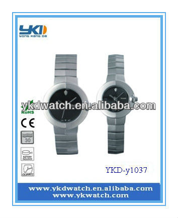 hot selling fahion stainless steel wristwatch for lovers