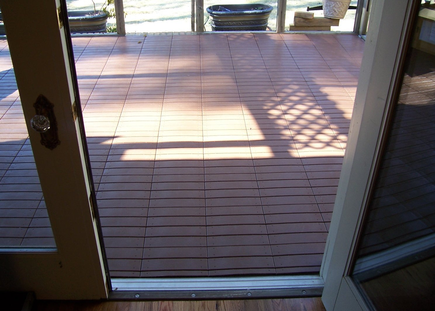 Cheap outdoor wood flooring tiles find outdoor wood flooring tiles get quotations starter kit of 22 tiles world class easylink deck tiles quick easy dailygadgetfo Gallery