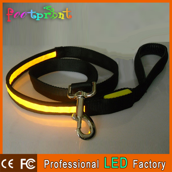 Copos de pet accesorios en china led mascotas collar y correa