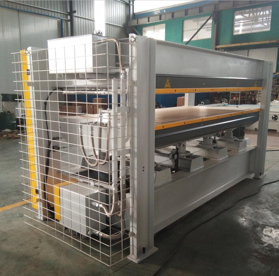 Short cycle melamine laminating hot press machine with factory price high efficiency CE&ISO9001