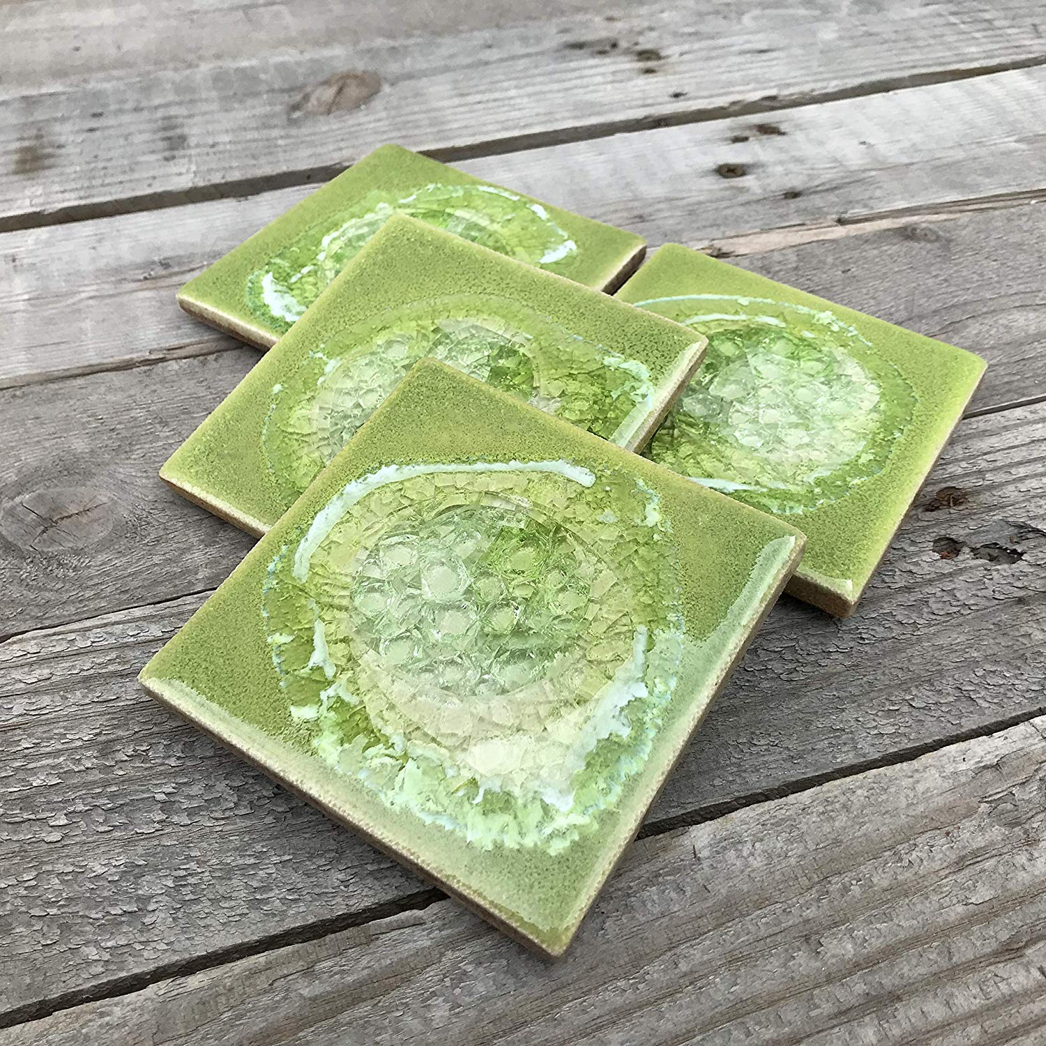 Geode Crackle Coaster Set of 4 in LEAF GREEN: Geode Coaster, Crackle Coaster, Fused Glass Coaster, Crackle Glass Coaster, Agate Coaster, Ceramic Coaster, Dock 6 Pottery Coaster