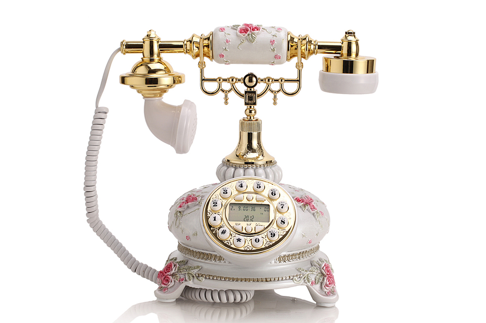 Vintage Style Telephone Showpieces For Home Decoration Factory