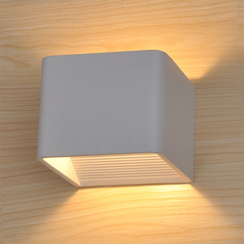 Zhongshan decorative aluminum up and down modern 6w 10w led wall light