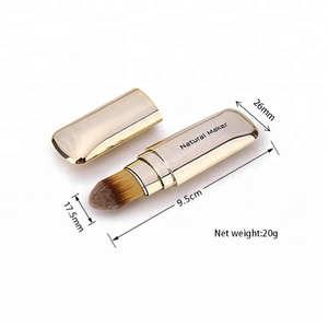 Hot selling retractable kabuki brush refillable cover design portable cosmetic foundation concealer powder makeup brush