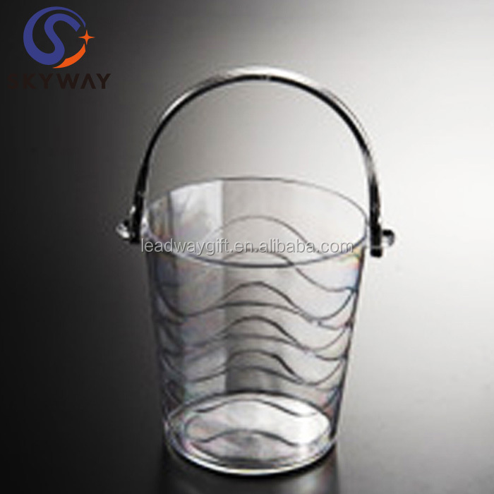 Manufacturing process of 1L plastic ice cube bucket holder