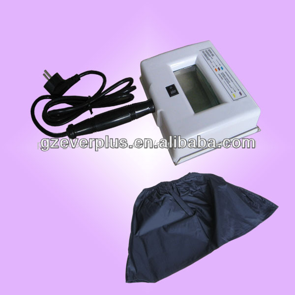 Portable wood lamp skin analyzer for beauty salon
